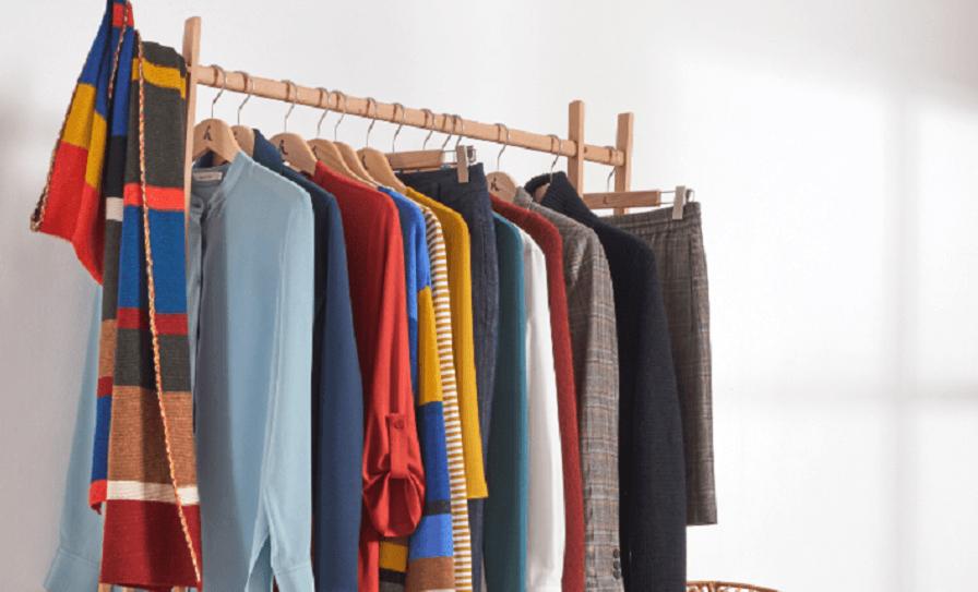 Der minimalistische Kleiderschrank capsule wardrobe